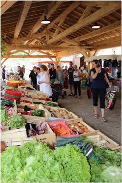 marché du vendredi à Eyragues